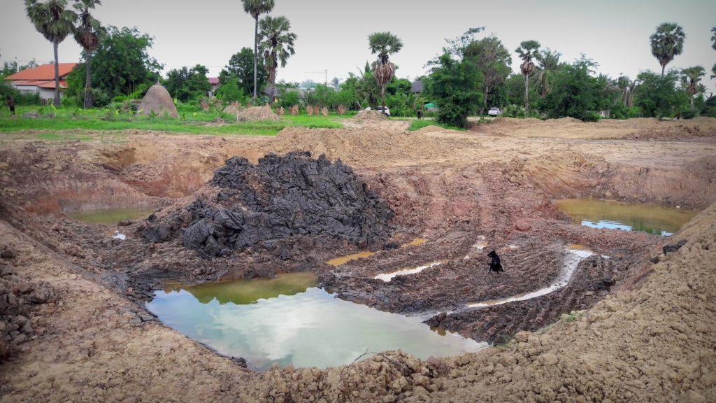 เริ่มขุดบ่อ บ่อน้ำเกษตร
