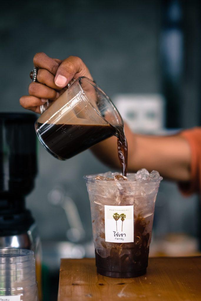 กาแฟสูตรน้ำตาลโตนด ร้านกาแฟไร่เรา Farmily เพชรบุรี